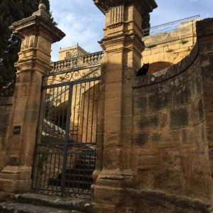 Jouques Chateau gates